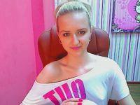 Nu live hete webcamsex met Hollandse amateur  aysella?