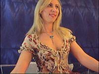 Nu live hete webcamsex met Hollandse amateur  blondestar?